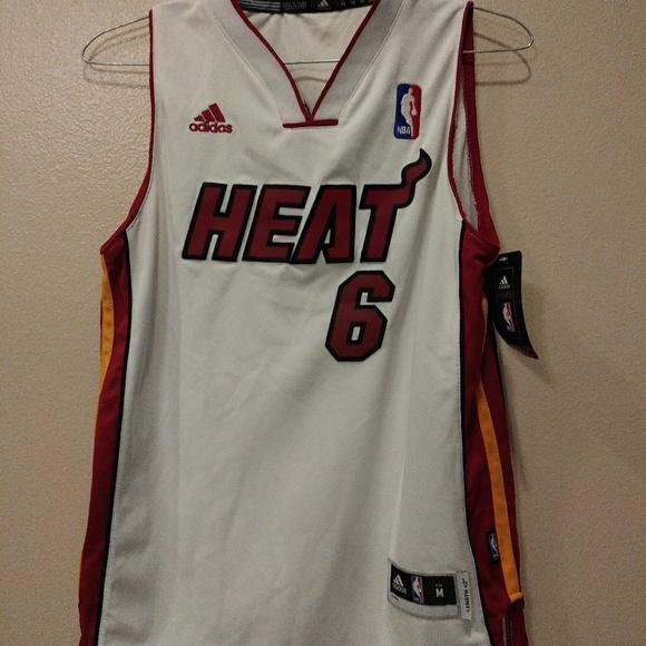 Miami Heat #6 LeBron James Size M Adidas jersey shirt